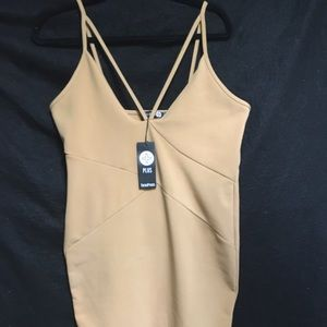 Tan boohoo Bodycon Dress. Size 12. NWT